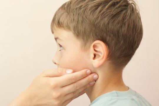 Harde lymfeklier hals